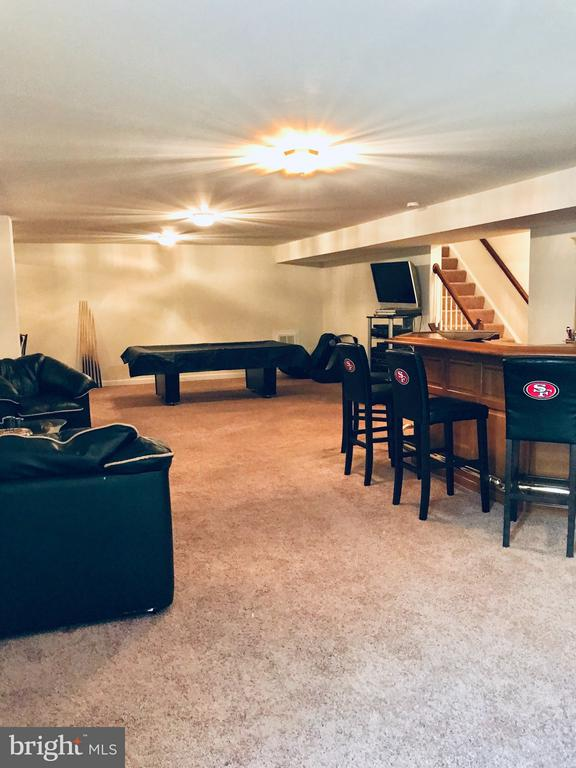 Who would you entertain in this space? - 4157 AGENCY LOOP, TRIANGLE