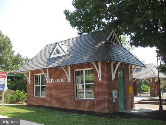 Community - 4410 OGLETHORPE ST #313, HYATTSVILLE