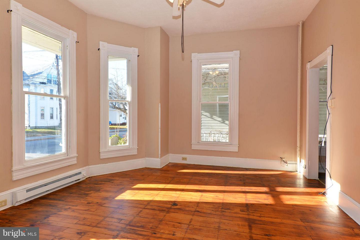 other residential homes for Sale at 705 Church St Cambridge, Maryland 21613 United States