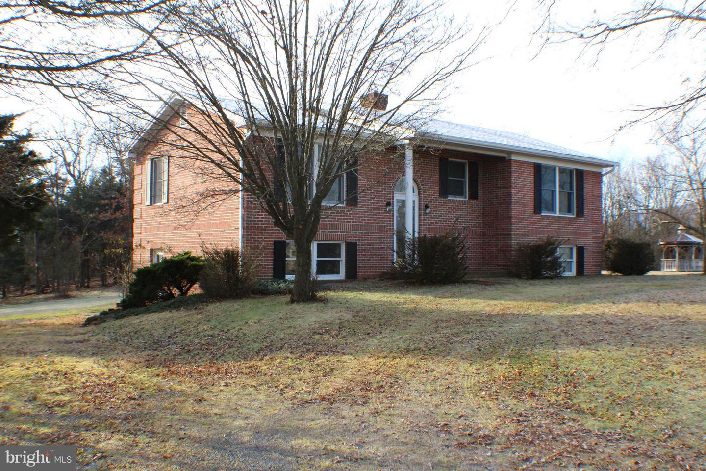 Single Family Homes のために 売買 アット Petersburg, ウェストバージニア 26847 アメリカ