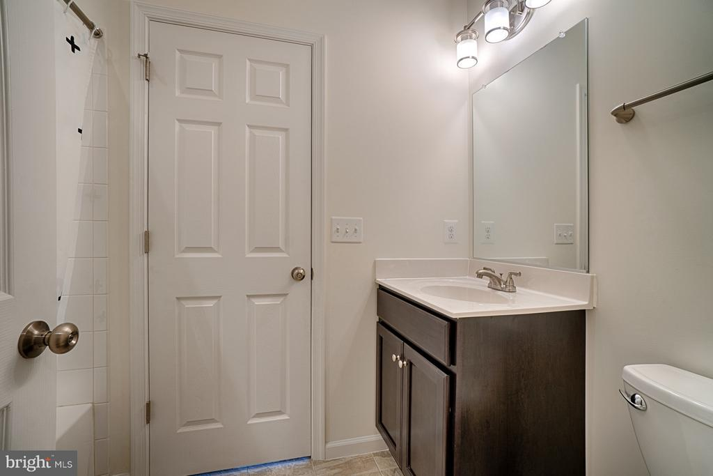 Bathroom - 4326 AGNEW AVE, ALEXANDRIA