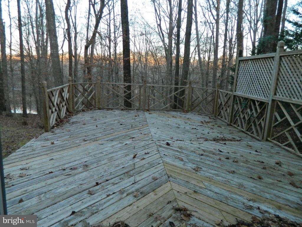 Large Deck - 6490 MCKEE WAY, MANASSAS