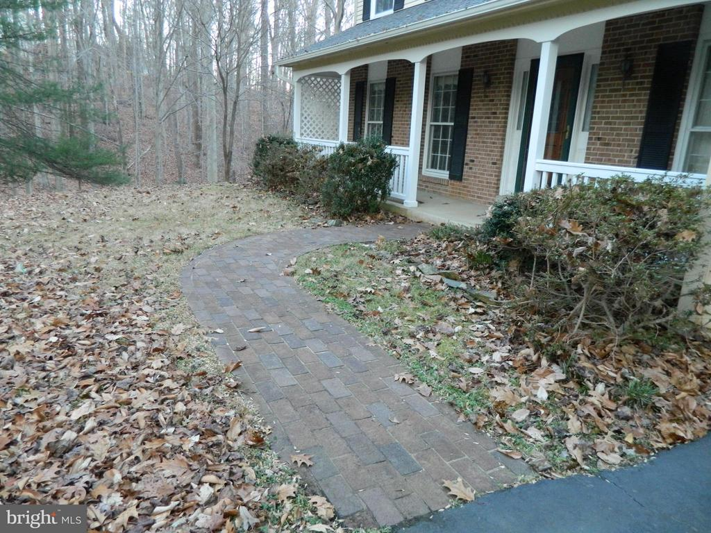 Brick Walk - 6490 MCKEE WAY, MANASSAS