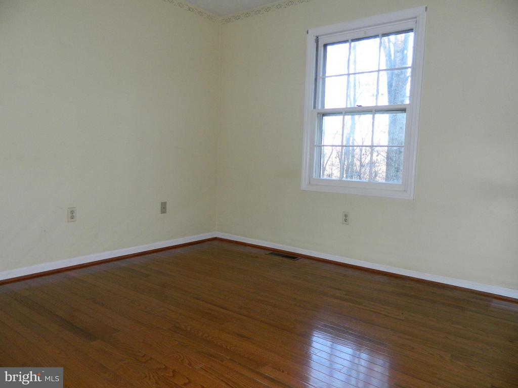 Bedroom 4 with Hardwood Floors - 6490 MCKEE WAY, MANASSAS