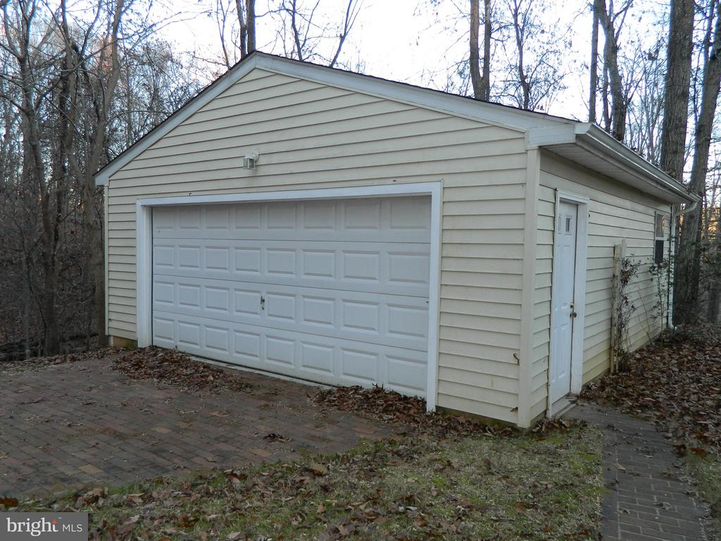 Extra 2 Car Detached Garage with Electric - 6490 MCKEE WAY, MANASSAS