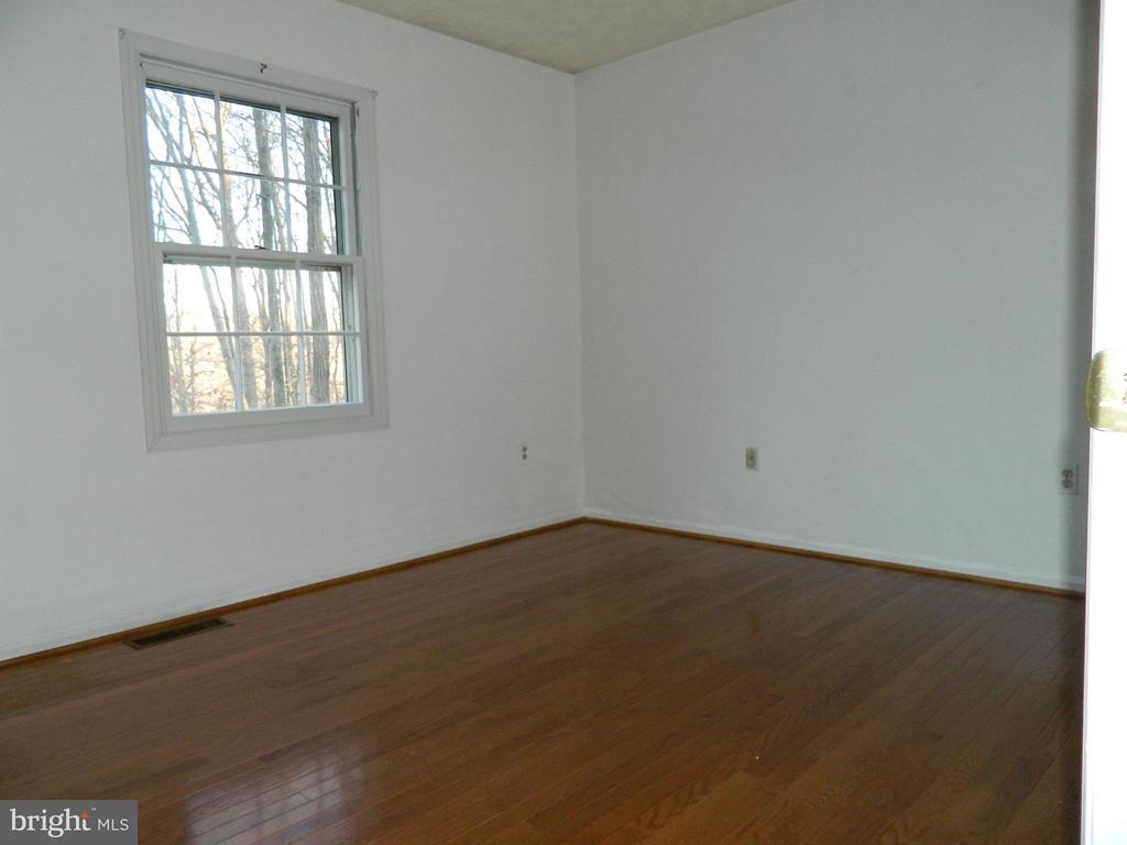 Bedroom 3 with Hardwood Floors - 6490 MCKEE WAY, MANASSAS