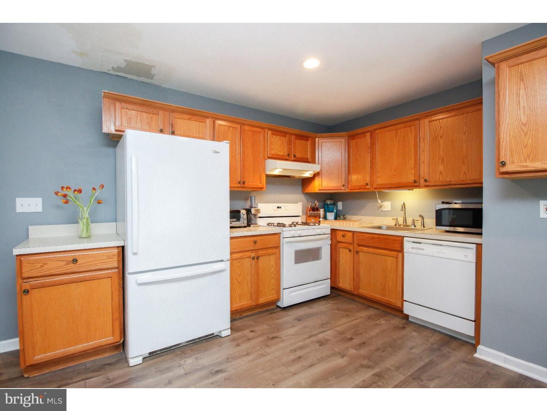 Частный односемейный дом для того Продажа на 108 SINGLEY Avenue Runnemede, Нью-Джерси 08078 Соединенные Штаты
