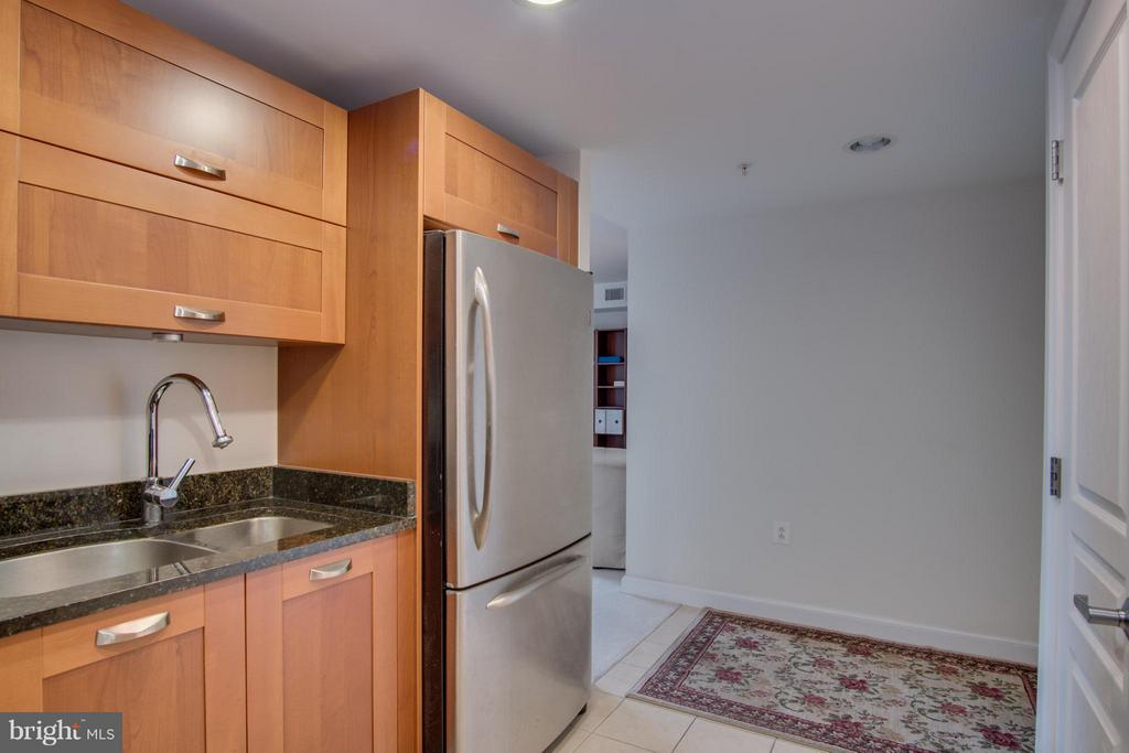 Stainless Steal Appliances - 2451 MIDTOWN AVE #913, ALEXANDRIA