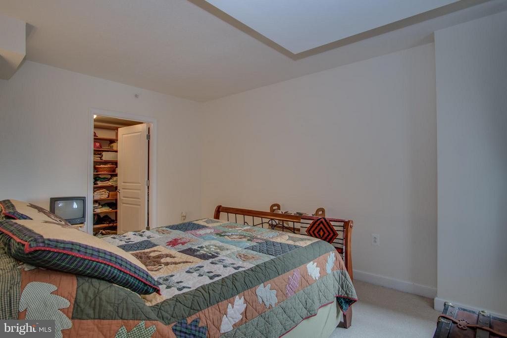 Bedroom - 2451 MIDTOWN AVE #913, ALEXANDRIA