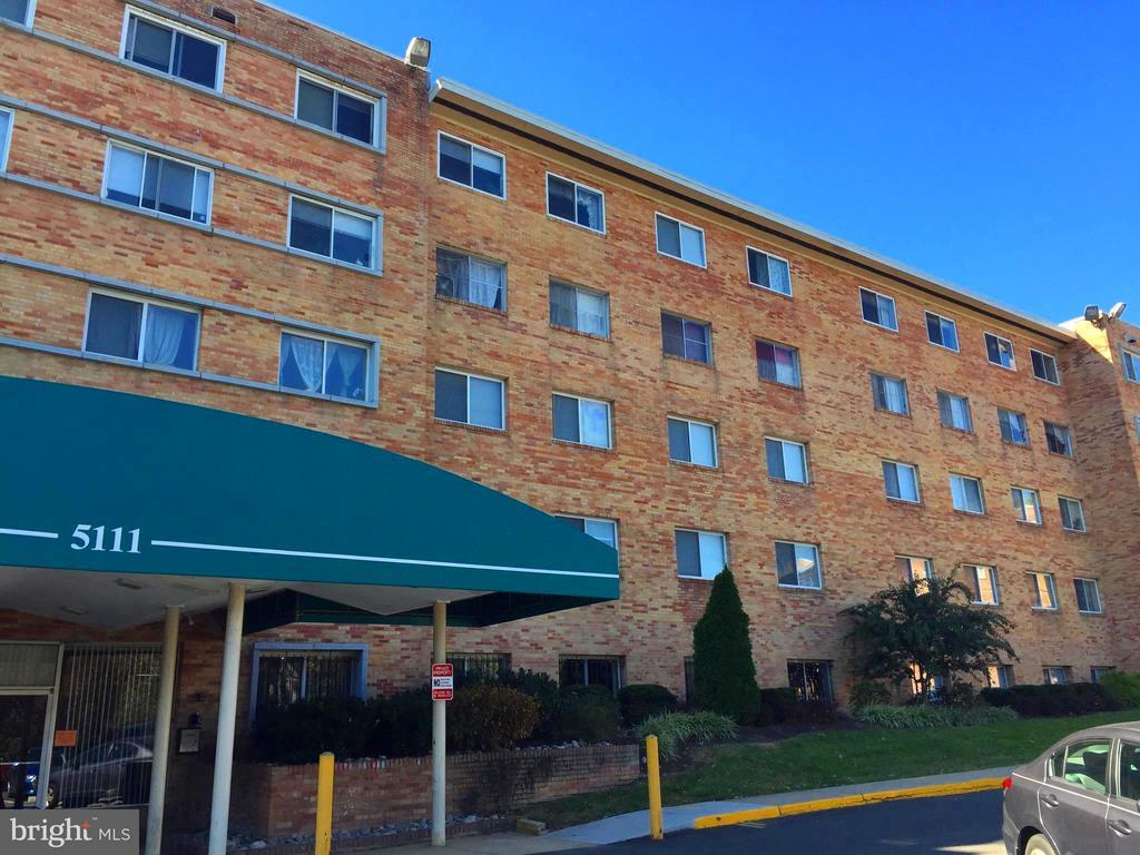 Exterior, Full Building View - 5111 8TH RD S #401, ARLINGTON