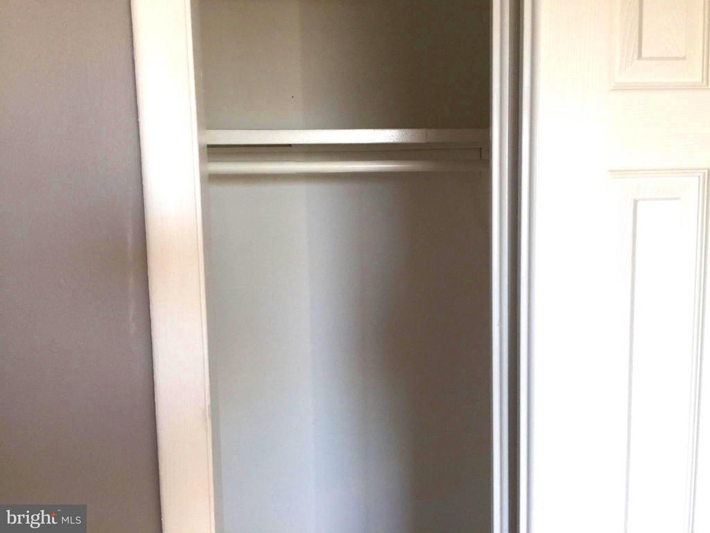 Closet - 5111 8TH RD S #401, ARLINGTON