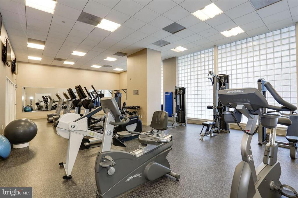 Well Equipped and maintained Fitness Center - 1020 N HIGHLAND ST #601, ARLINGTON