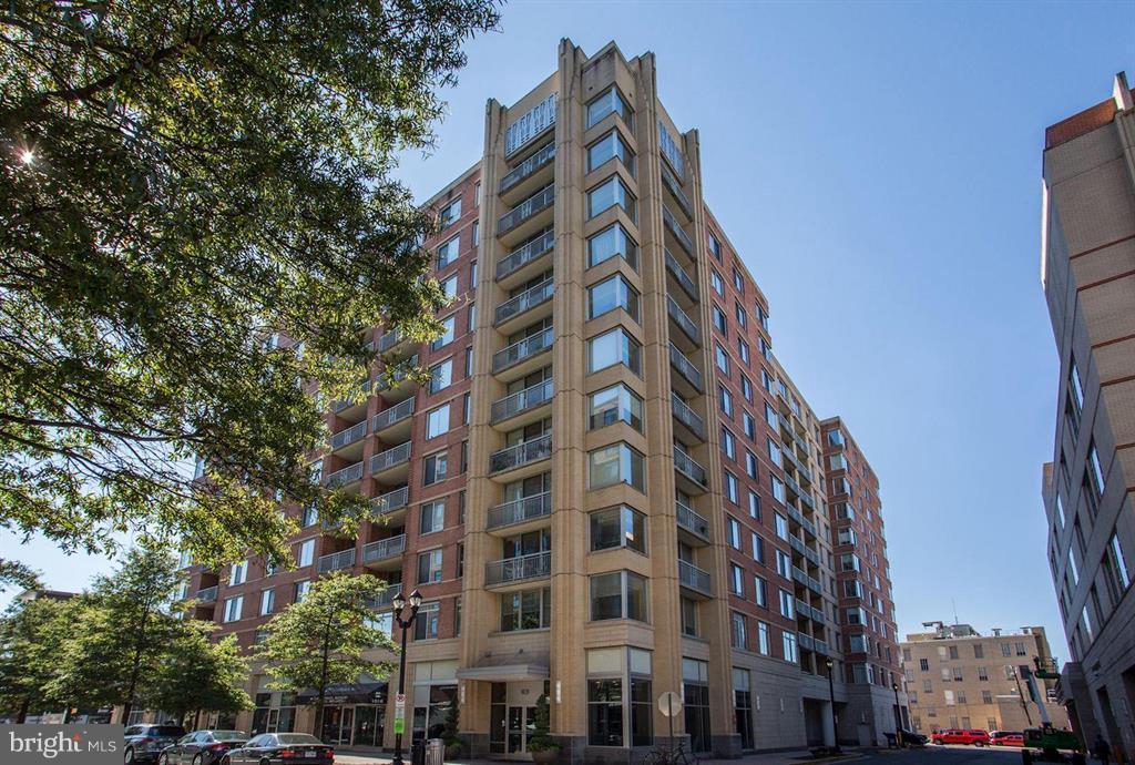 The Luxury Phoenix Condominium - 1020 N HIGHLAND ST #601, ARLINGTON