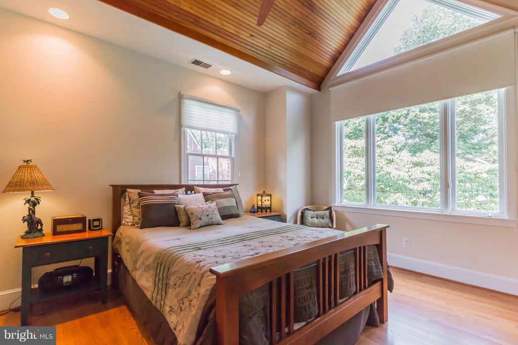 Bedroom (Master) - 4357 26TH ST N, ARLINGTON