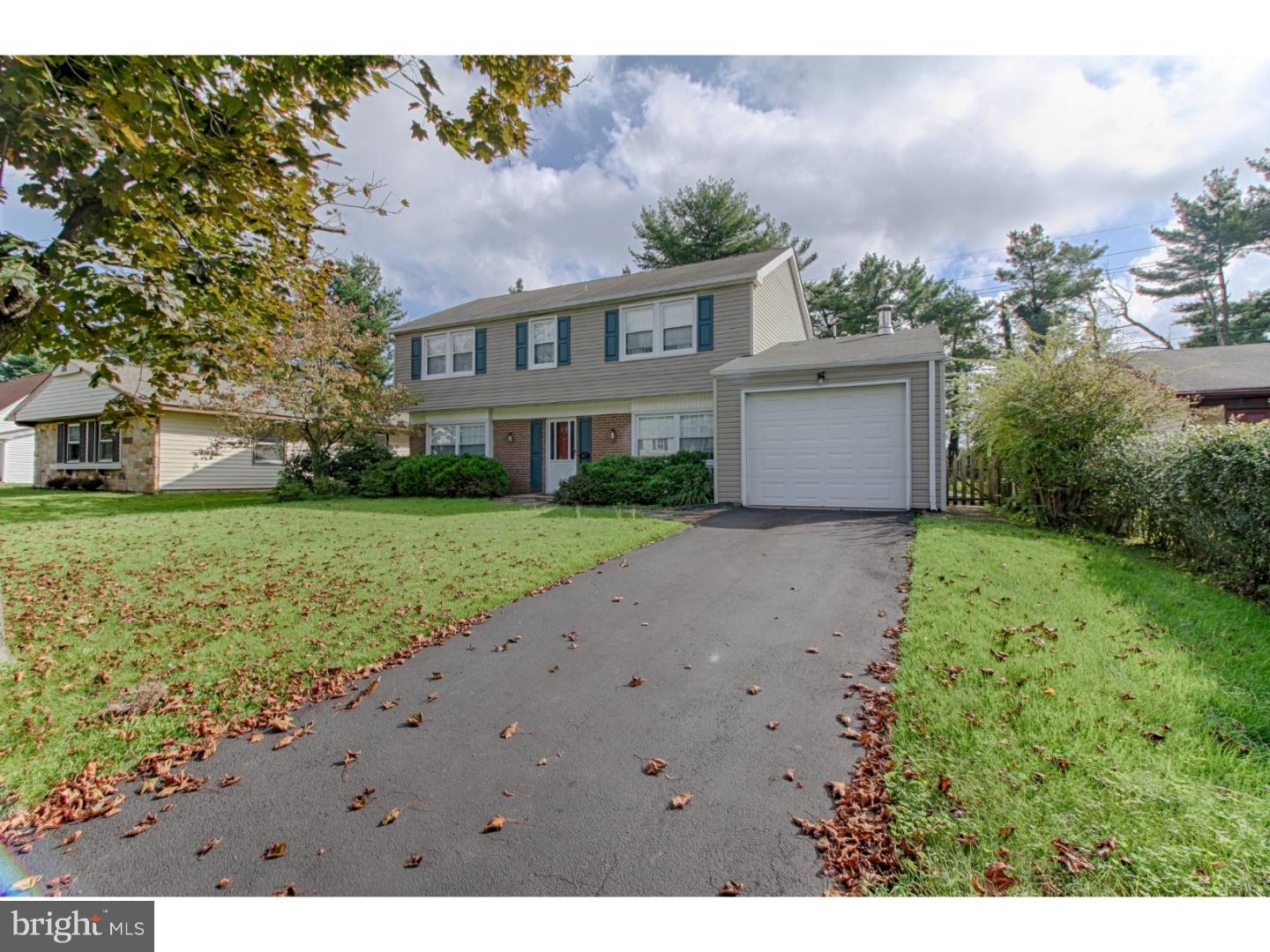 Single Family Home for Sale at 22 HAMPTON Lane Willingboro Township, New Jersey 08046 United States