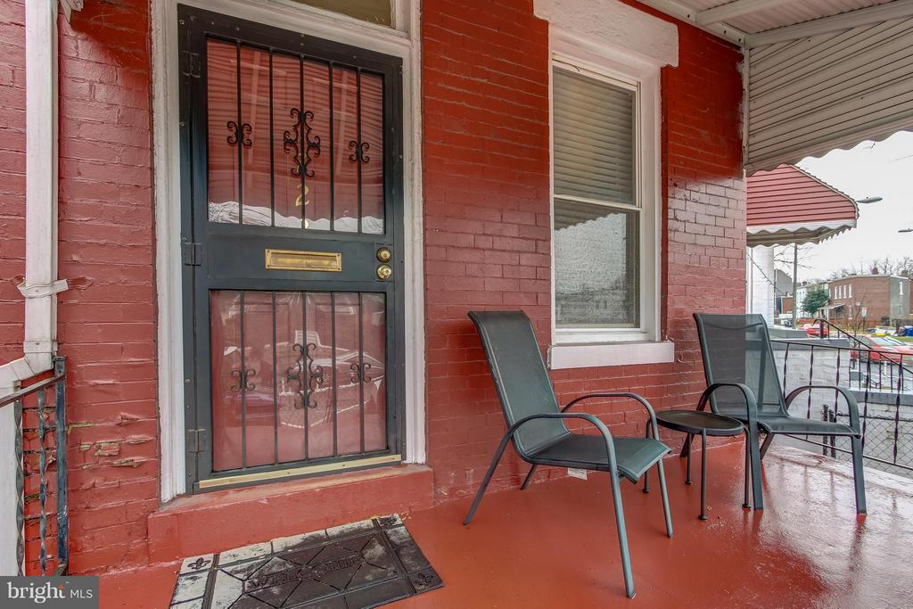 Front door - 722 K ST NE, WASHINGTON