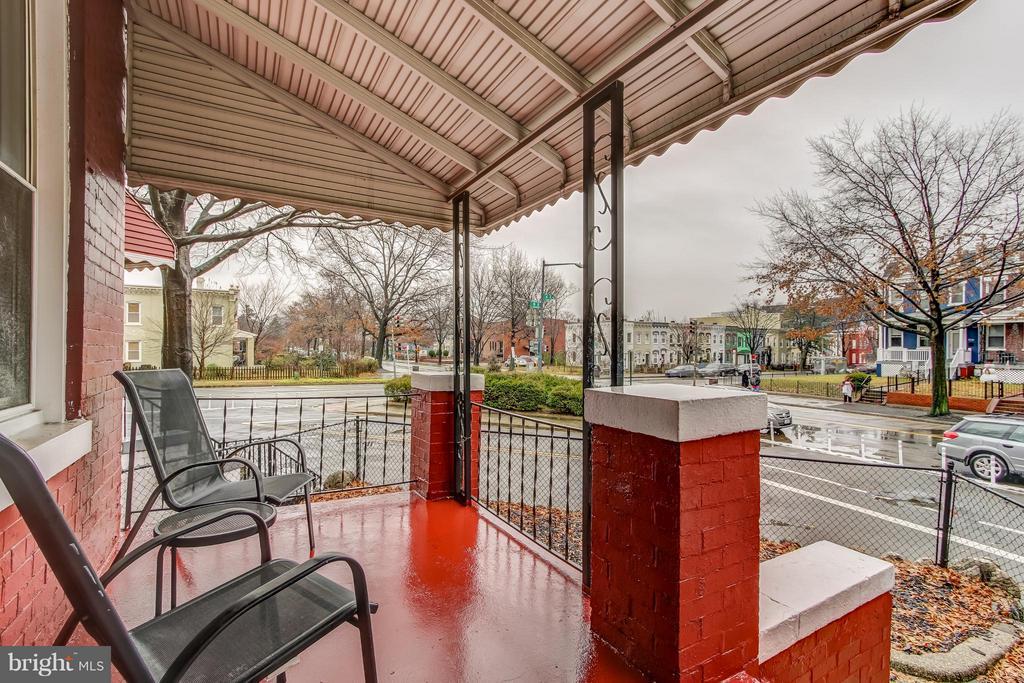 Front Porch - 722 K ST NE, WASHINGTON