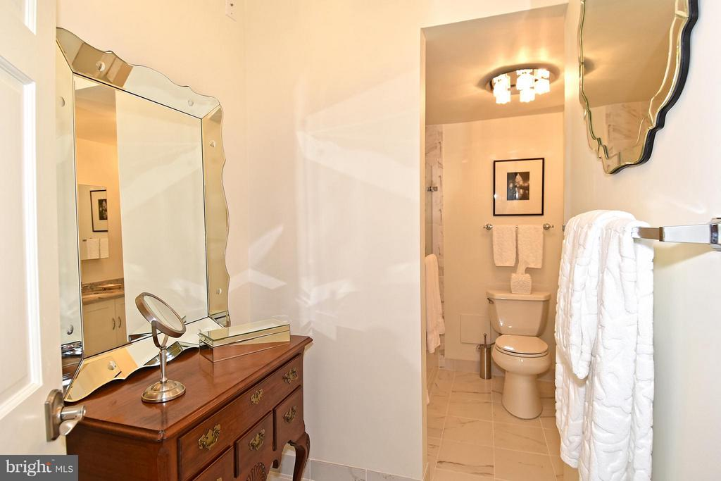 Master Bath with dressing table area - 2801 NEW MEXICO AVE NW #808, WASHINGTON