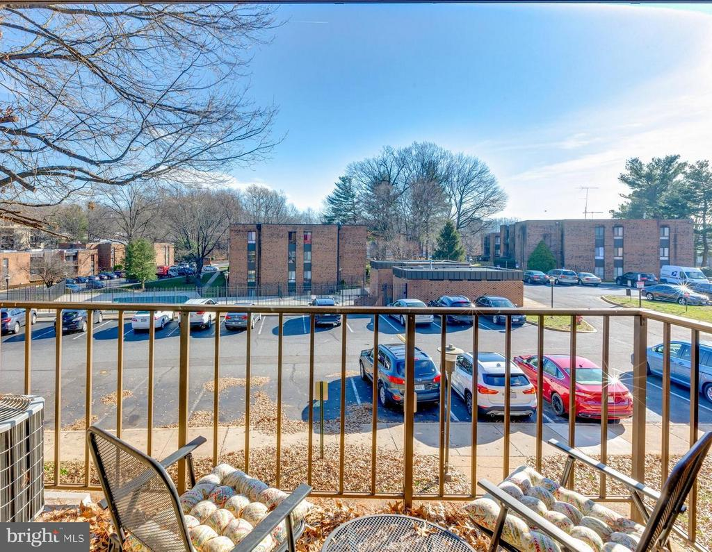 Balcony View with Pool View - 4404 ISLAND PL #304, ANNANDALE