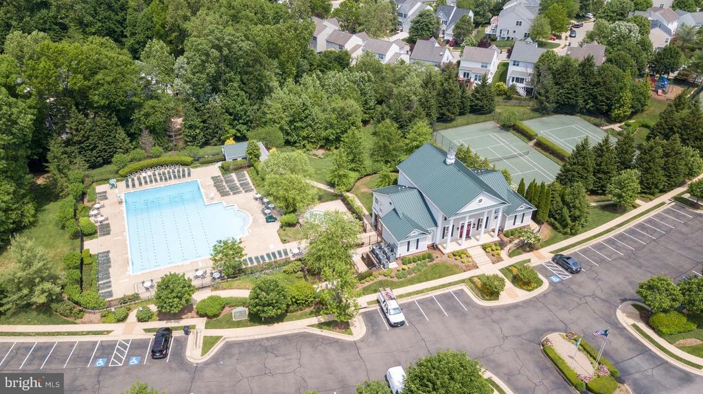 Community Pool, Tennis, Gym & Clubhouse - 5591 HOBSONS CHOICE LOOP, MANASSAS