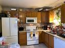 Kitchen - Natural lighting from kitchen window - 913 ANVIL RD, FREDERICKSBURG
