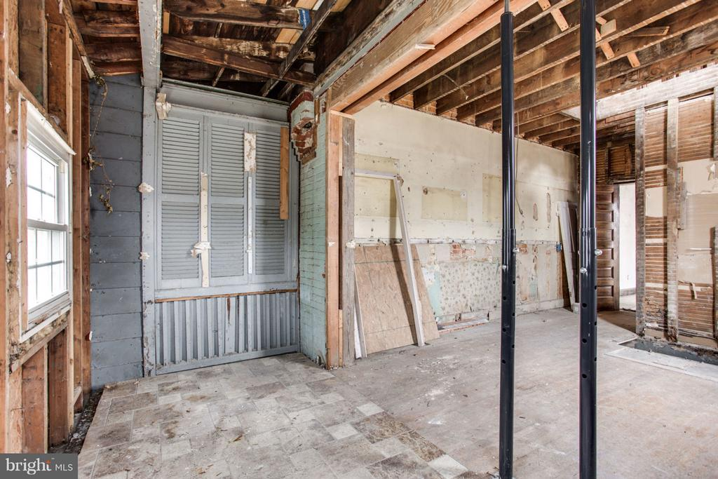 Kitchen - 700 RANDOLPH ST NW, WASHINGTON