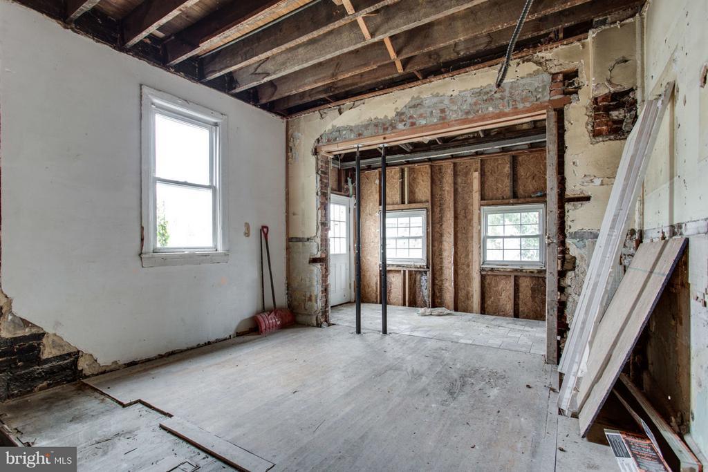 Kitchen To Be - 700 RANDOLPH ST NW, WASHINGTON