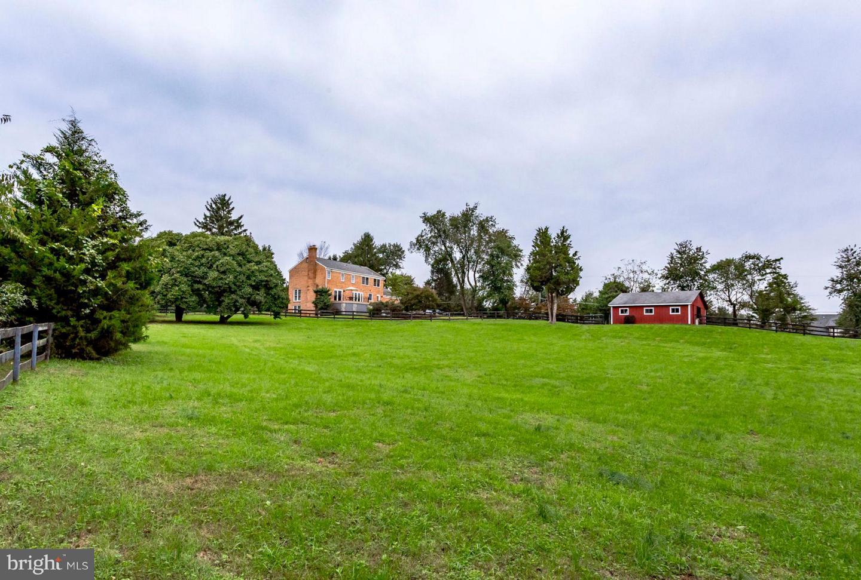 Additional photo for property listing at 11327 Corobon Lane 11327 Corobon Lane Great Falls, Virginia 22066 United States