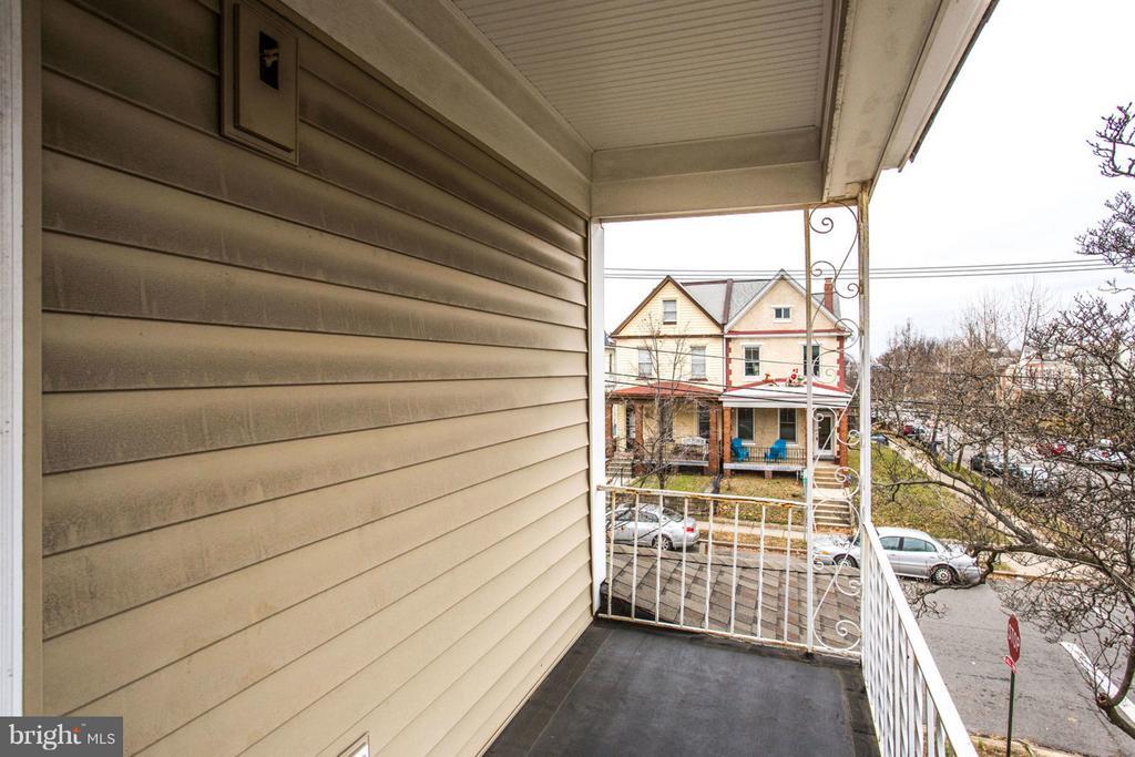 Wrap-Around Porch - 700 RANDOLPH ST NW, WASHINGTON