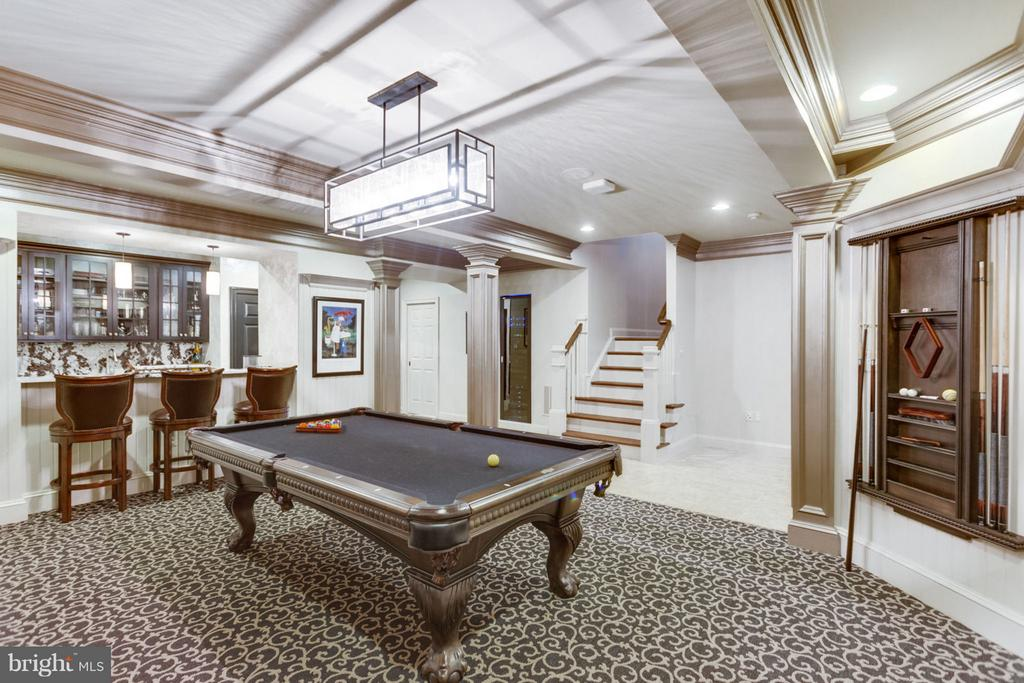 Billiards Room - 8518 WEDDERBURN STATION DR, VIENNA