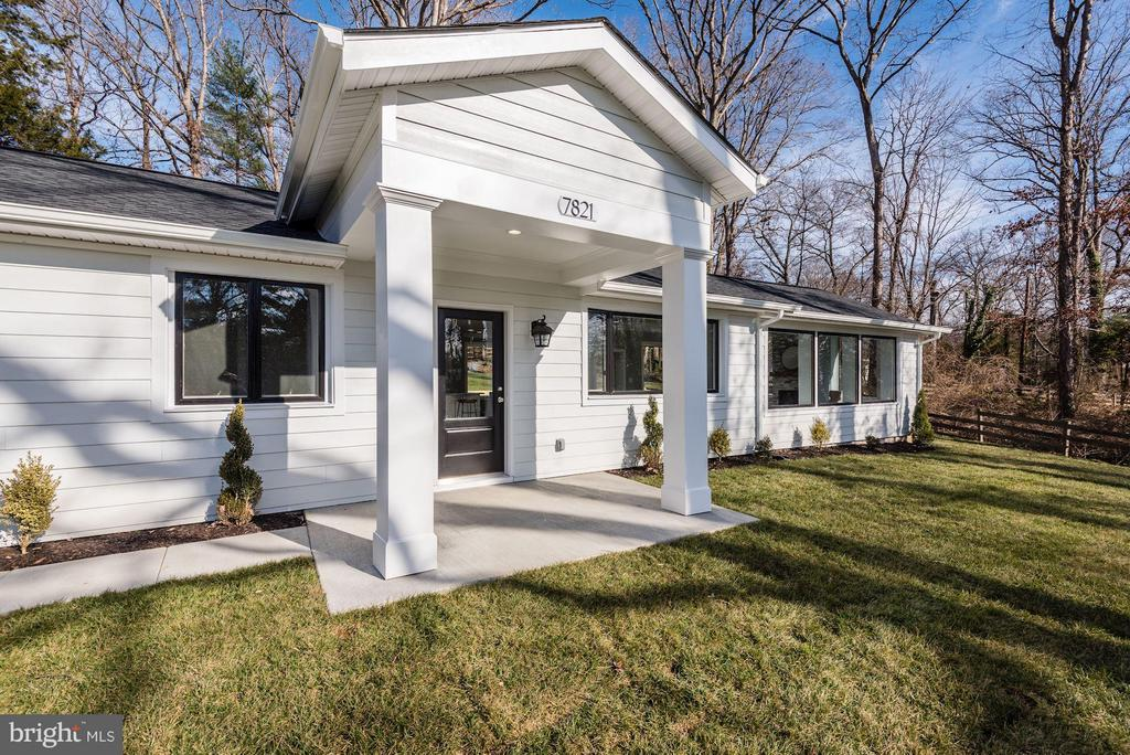 Large Portico was added to keep you and guests dry - 7821 FORT HUNT RD, ALEXANDRIA