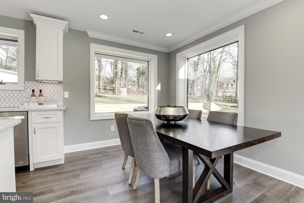 Many Options for Dining Area Location - 7821 FORT HUNT RD, ALEXANDRIA