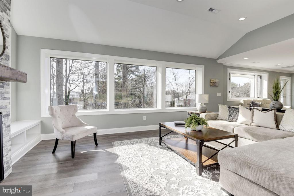 Large Windows on Each Wall of the Family Room - 7821 FORT HUNT RD, ALEXANDRIA