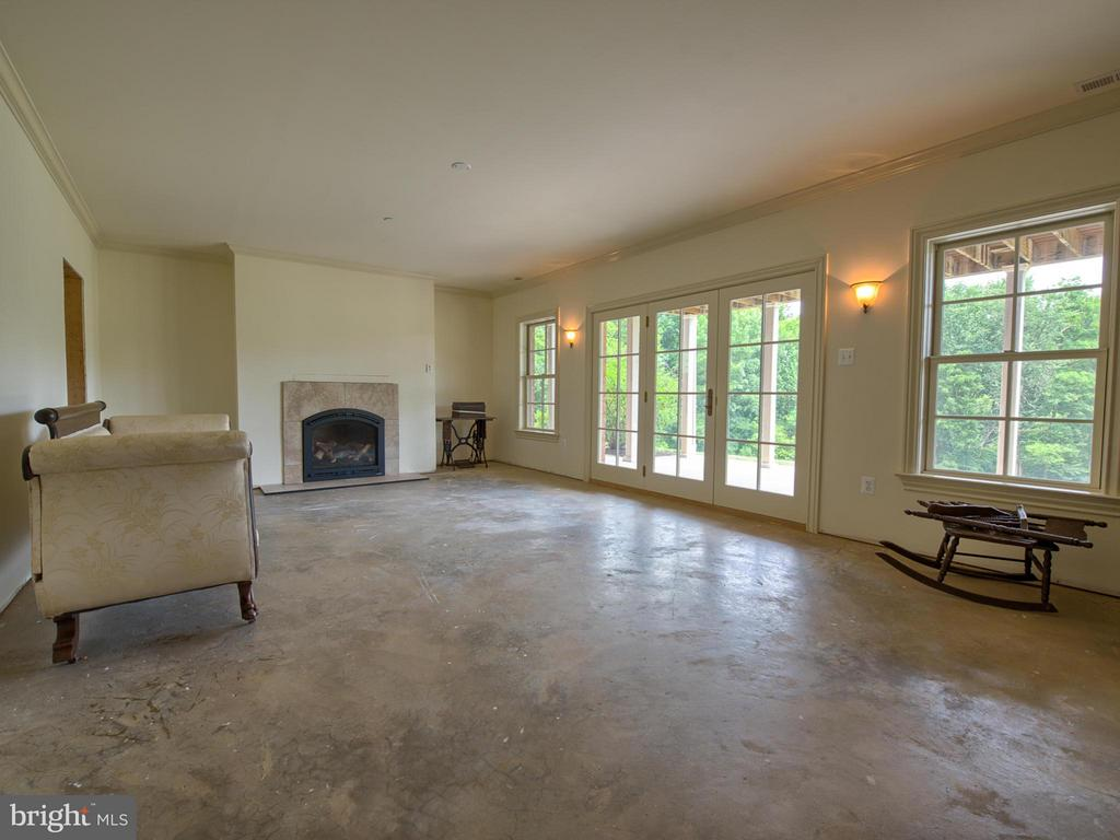 Basement that needs some finishing touches! - 10707 EASTERDAY RD, MYERSVILLE
