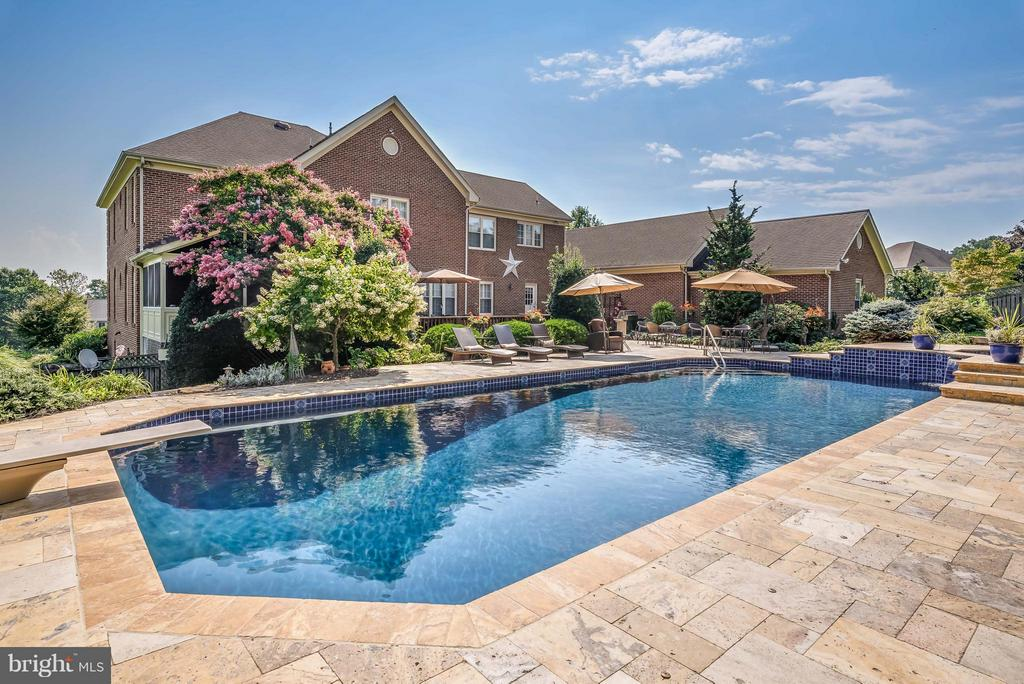 Travertine Decking, Whole Pool Just Renovated - 35190 DORNOCH CT, ROUND HILL