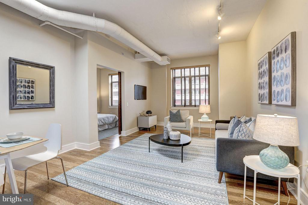 Skylit Open Dining/Living Area - 809 6TH ST NW #61, WASHINGTON