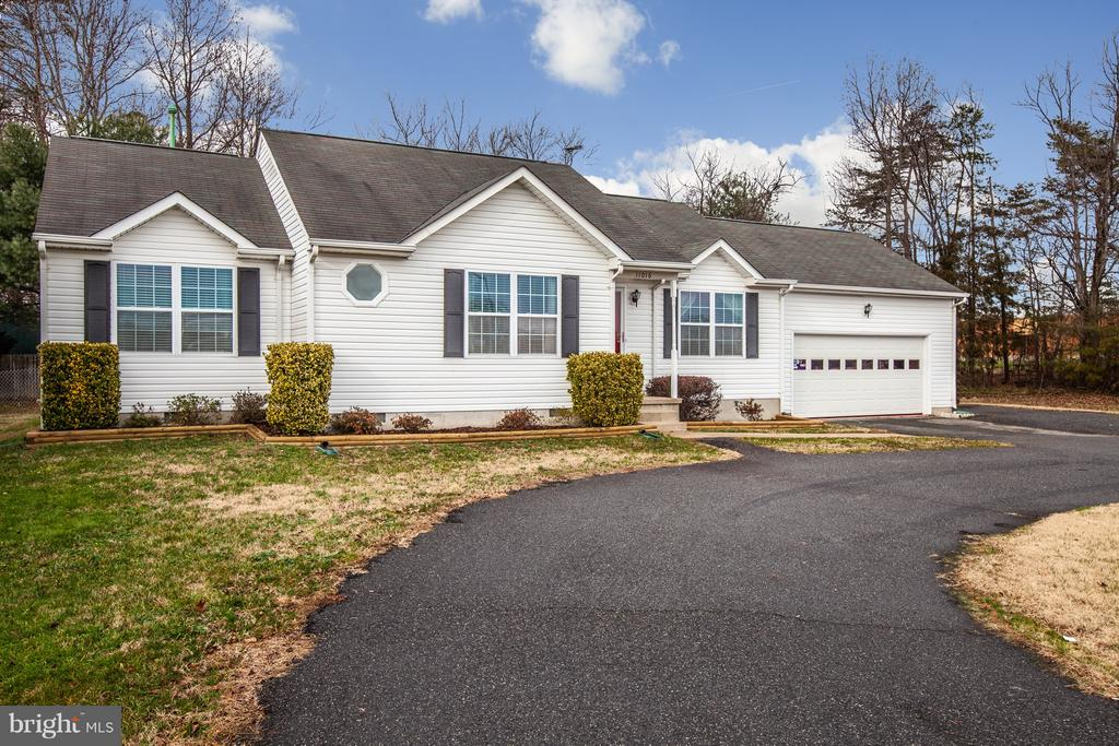 Don't miss this one! - 11016 LEAVELLS RD, FREDERICKSBURG