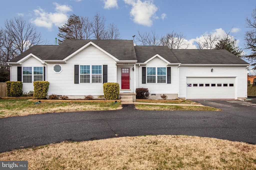 Welcome Home! - 11016 LEAVELLS RD, FREDERICKSBURG