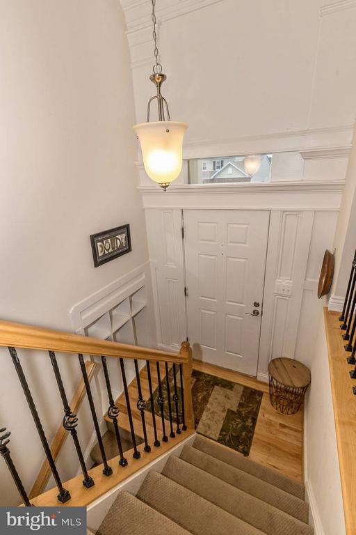 Foyer - 6402 DEVONSHIRE LN, FREDERICK