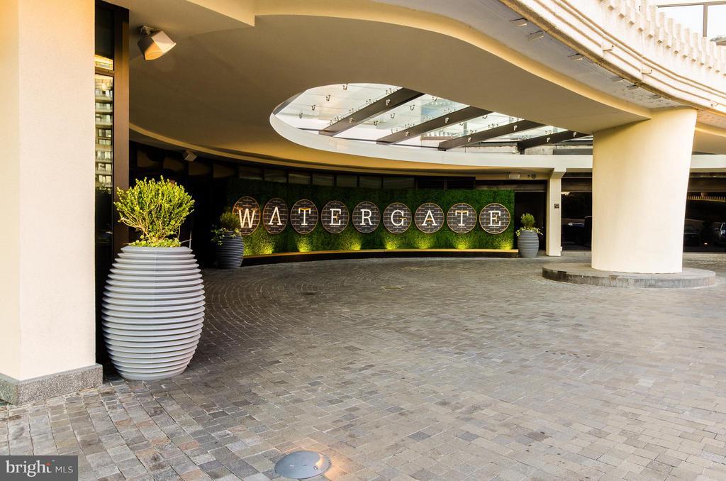 Watergate Hotel - 700 NEW HAMPSHIRE AVE NW #107, WASHINGTON
