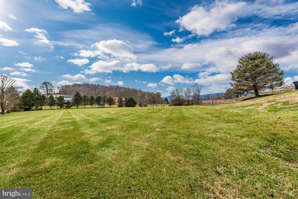 Large side lot.  Have I mentioned the views? - 10538 CHURCH HILL RD, MYERSVILLE