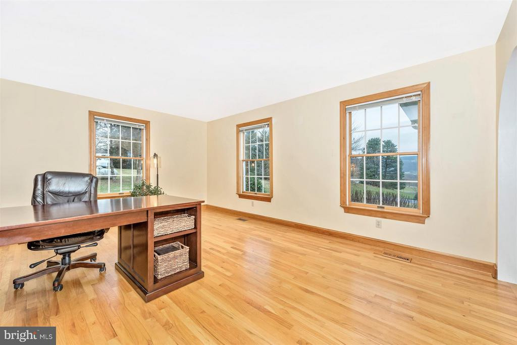 You'll view great landscapes through each window! - 10538 CHURCH HILL RD, MYERSVILLE