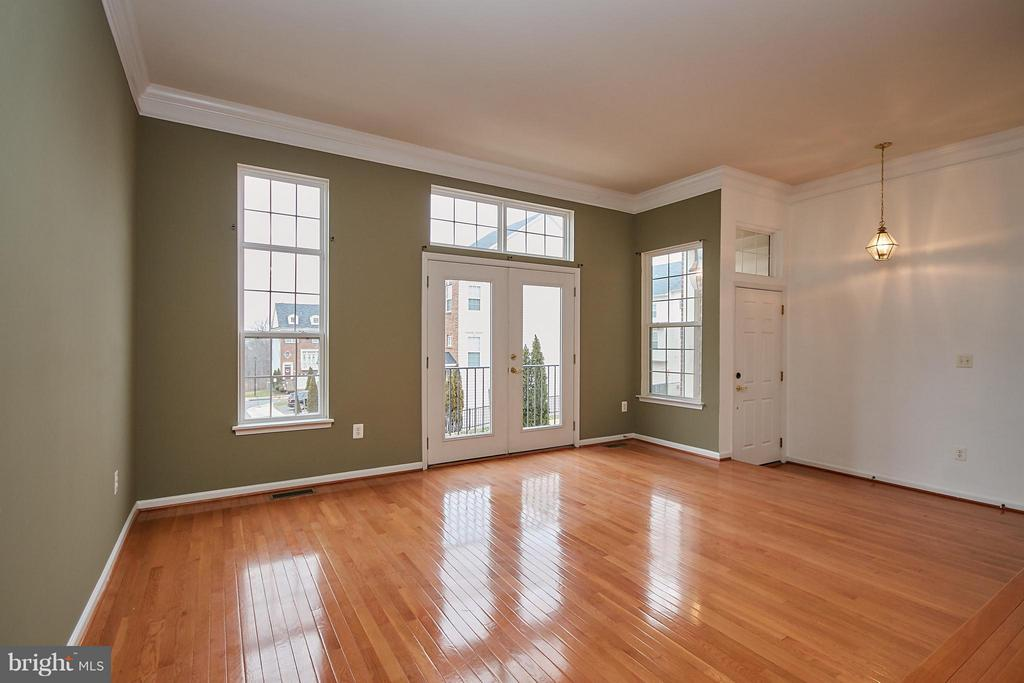 Hardwood Floor in Living and Dining Rooms - 9738 CORBETT CIR, MANASSAS PARK