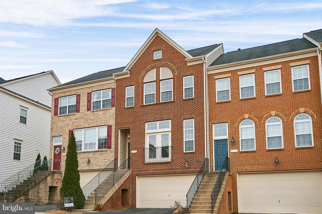 Another View of Front - 9738 CORBETT CIR, MANASSAS PARK
