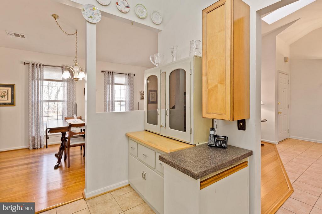 Kitchen, Dining & Foyer View - 10001 WOOD SORRELS LN, BURKE