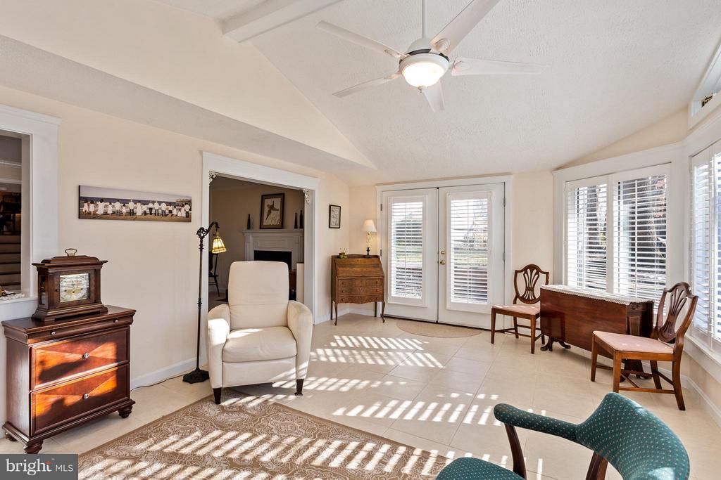 Sunroom with French Doors to Patio & Yard - 10001 WOOD SORRELS LN, BURKE