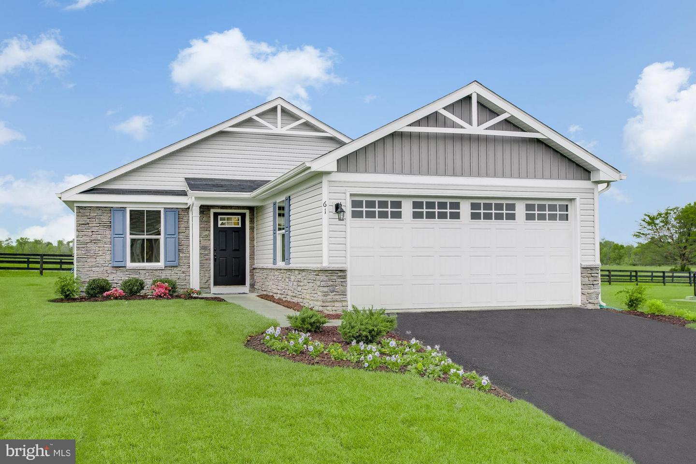 Single Family Homes للـ Sale في Bunker Hill, West Virginia 25413 United States