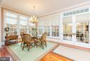 Breakfast room overlooks covered terrace - 1103 FINLEY LN, ALEXANDRIA