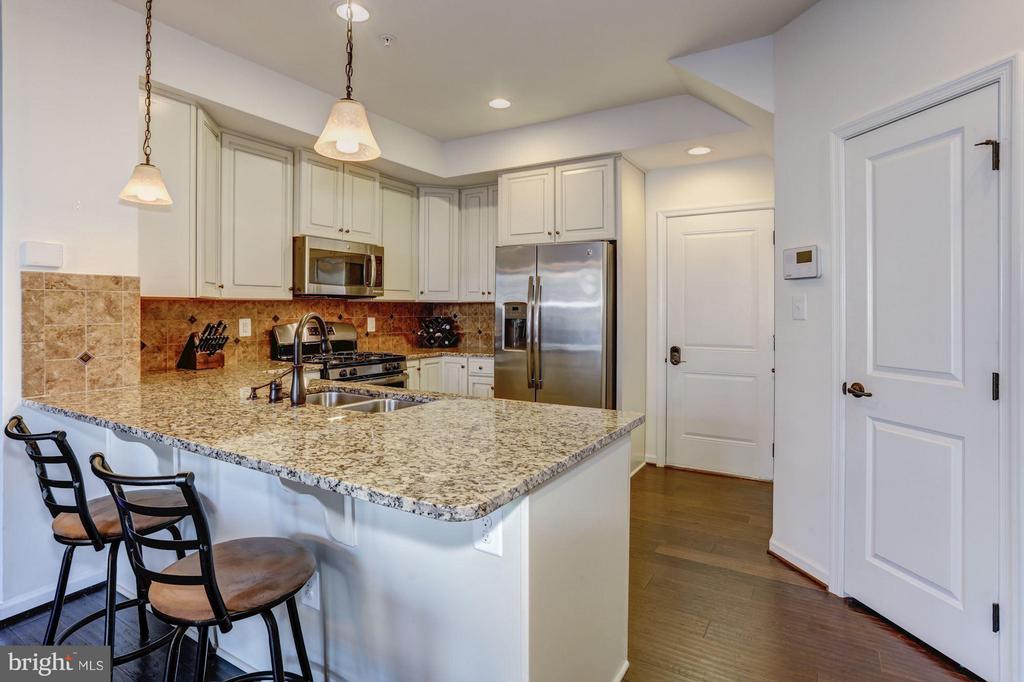 Gorgeous Kitchen with Large Island/Breakfast Bar - 7530 BRUNSON CIR, GAINESVILLE
