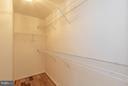 Master Walk-in Closet - 3013 ROSE ARBOR CT, FAIRFAX